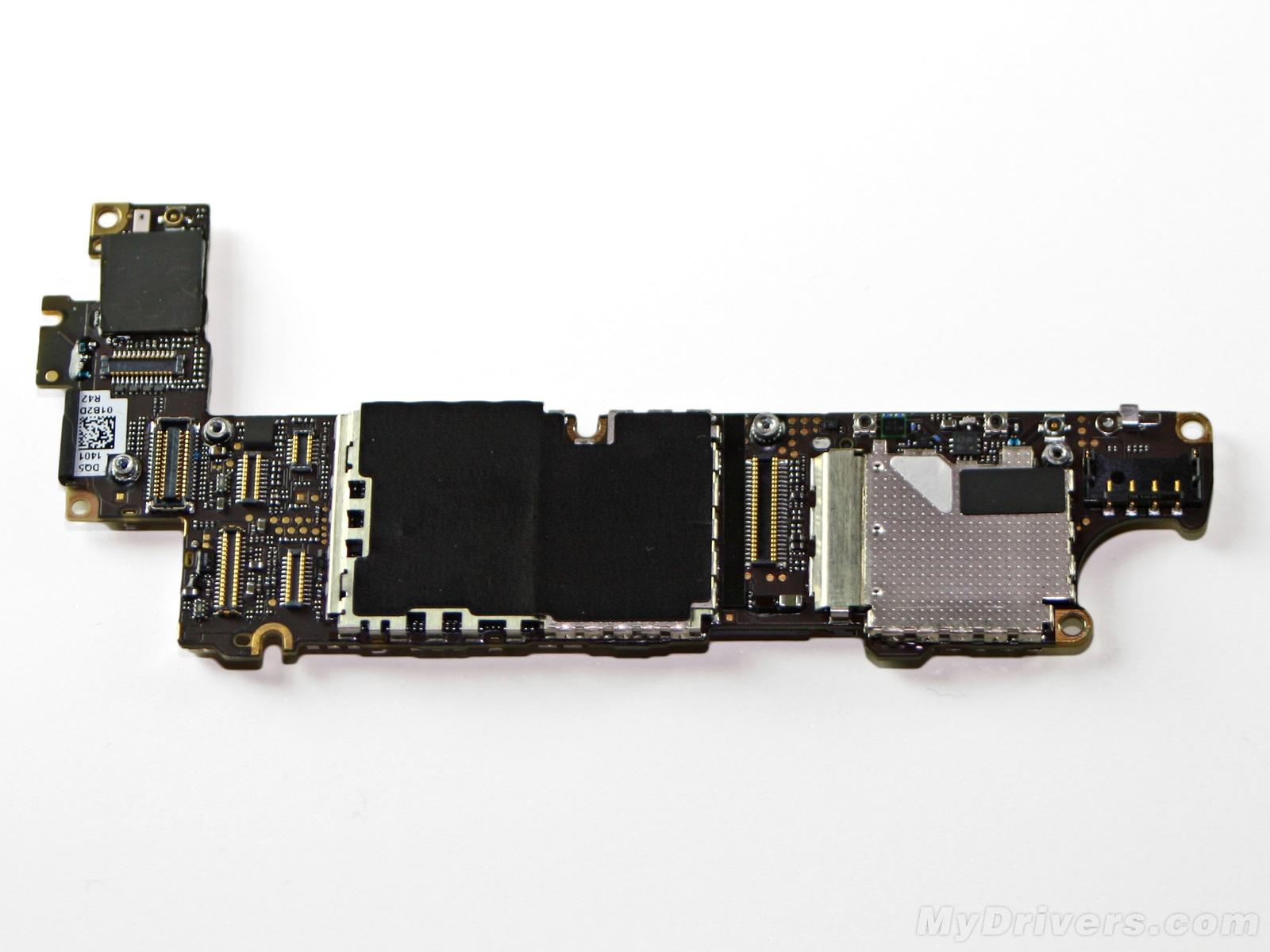 iphone 4s主板整个的设计布局和cdma版iphone 4非常相像.